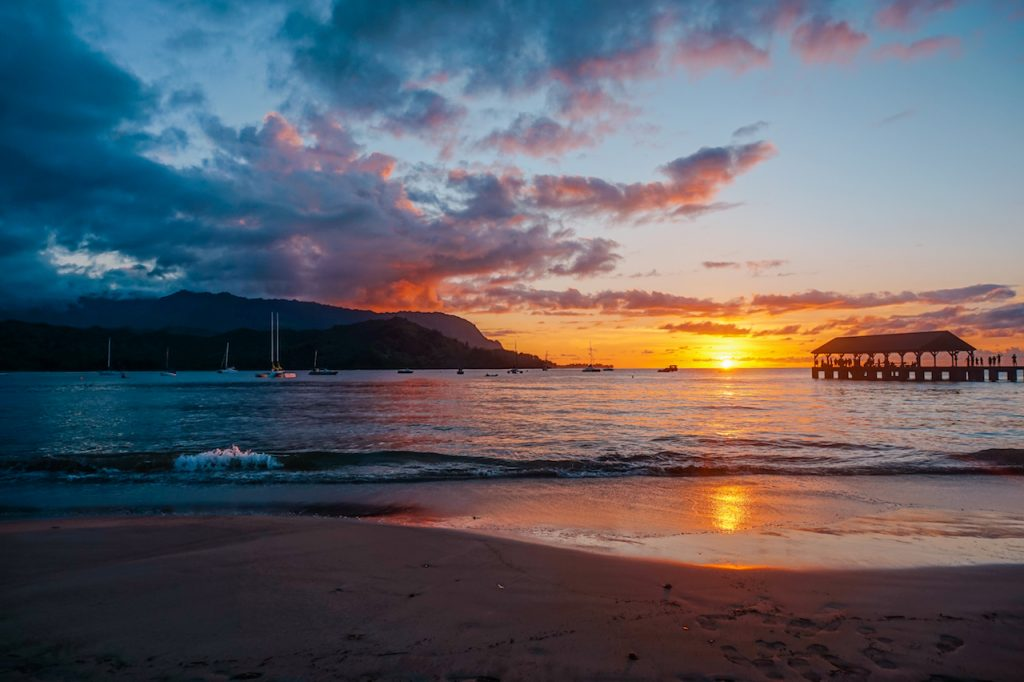 6 Best Spots for Sunset Kauai - Hanalei Bay