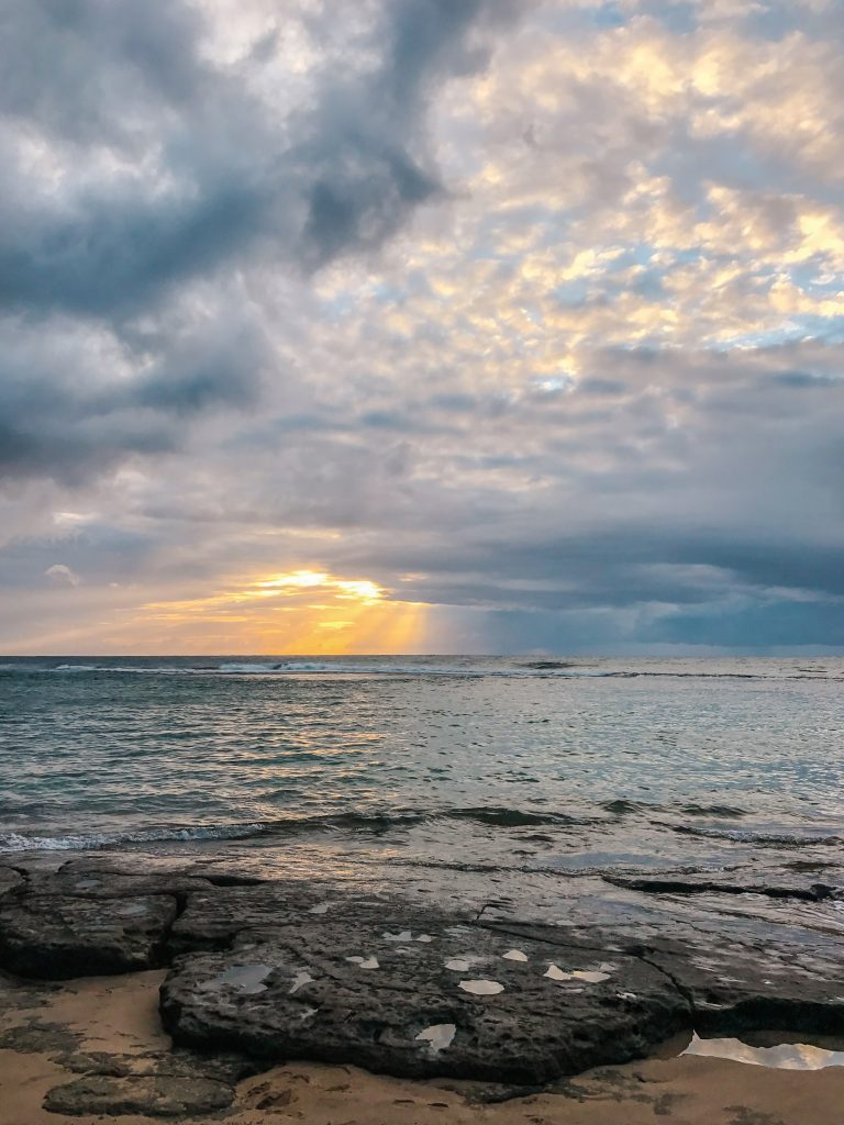 6 Best Spots for Sunset Kauai - Ke'he Beach