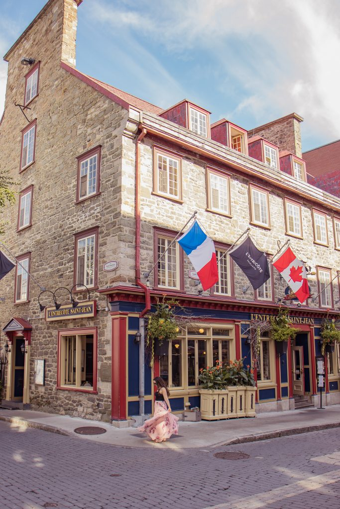 15 Most Instagrammable Places in Quebec City - L'Entrecote Restaurant