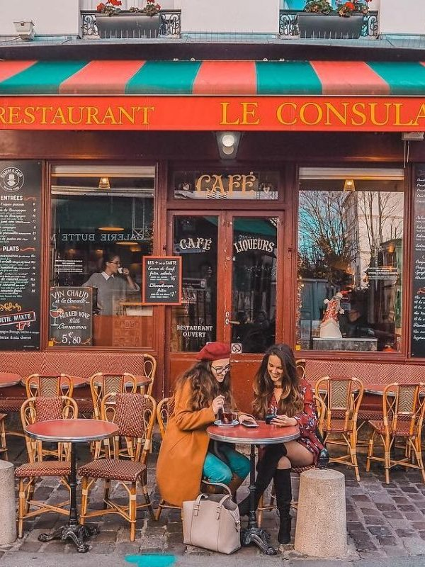 20 Insanely Cute Cafes in Paris