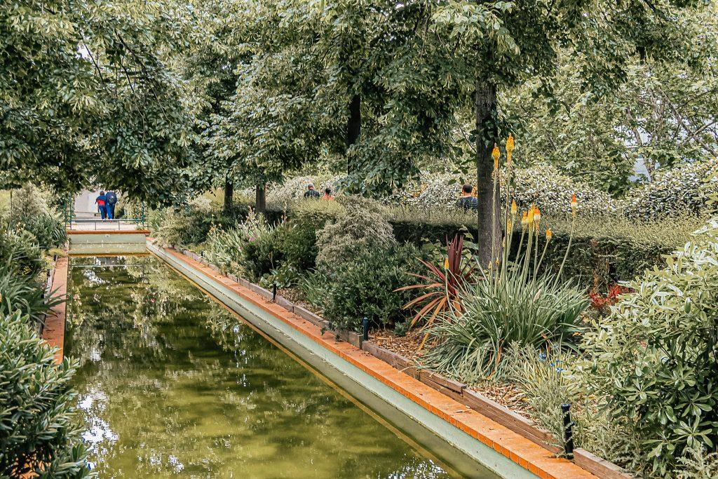 La promenade plantée: Paris Hidden Gems