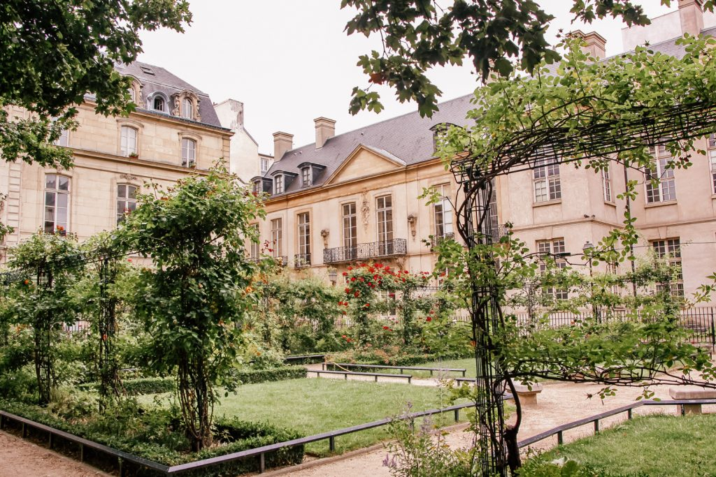 Square Saint-Gilles Grand Veneur: Paris Hidden Gems