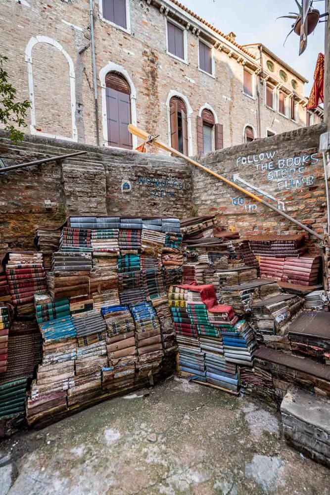 Libreria Acqua Alta, a Venice hidden gem