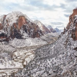 18 Beautiful US National Parks to Visit in Winter