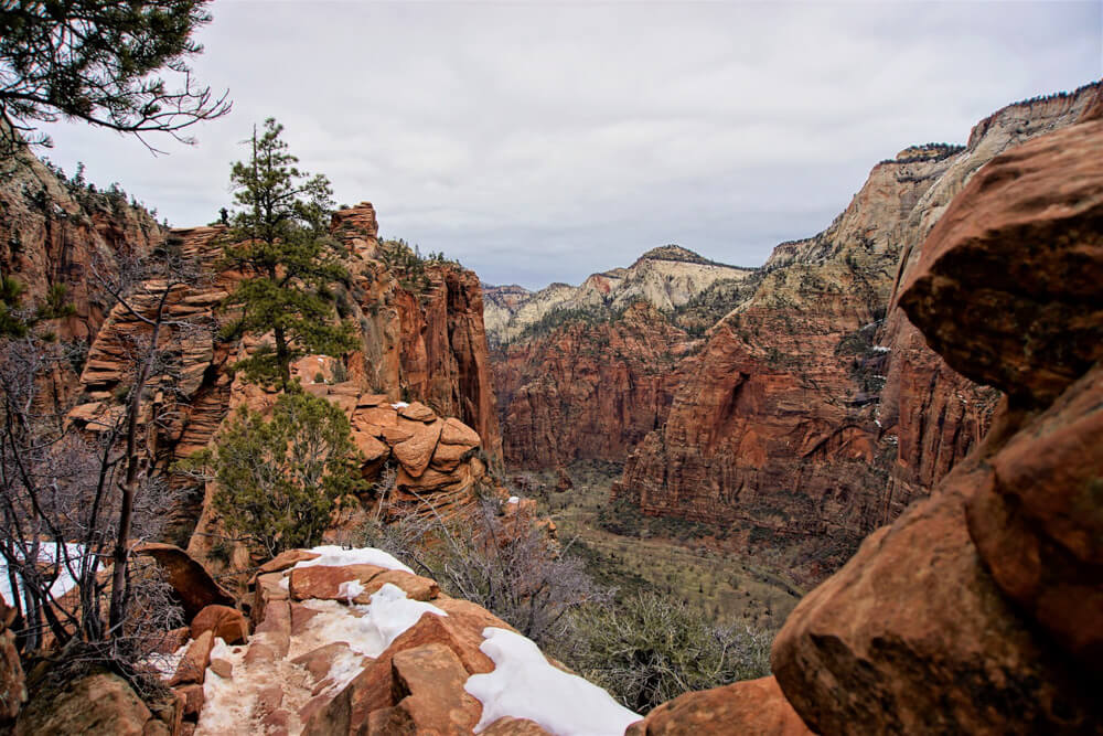 Stunning mountain views from Angel's Landing Trail, on of the best US winter hikes