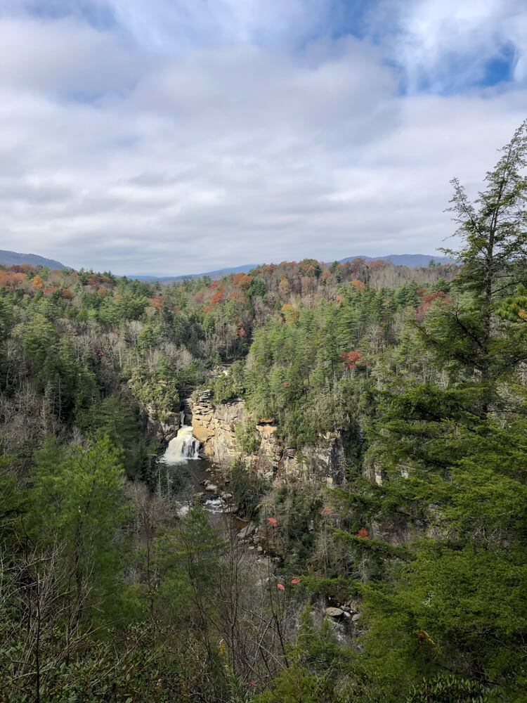Stunning natural scenery on the Linville Falls hike just outside the adorable town of Boone in North Carolina