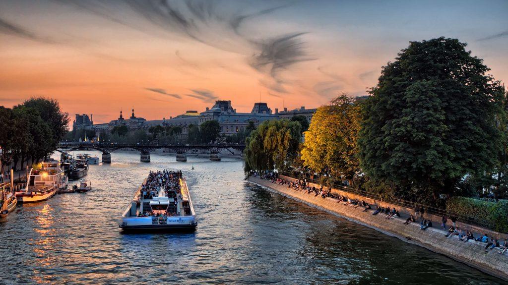 Best time to visit paris France