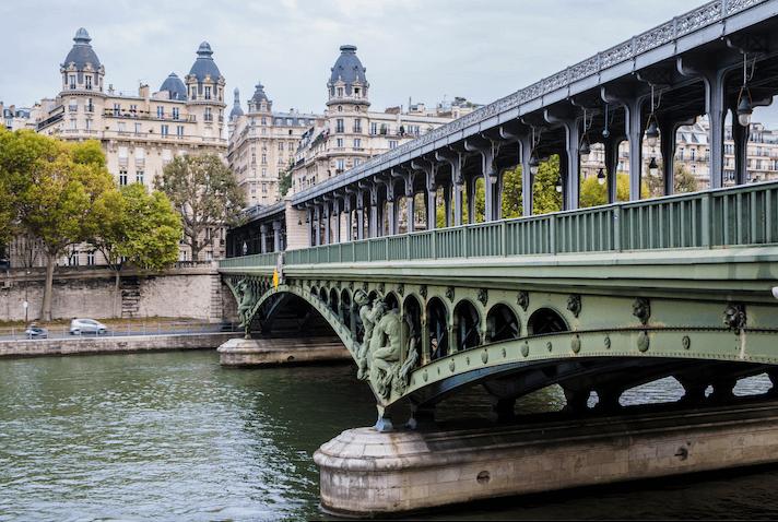 Pont de Bir-Hakeim - Paris Bridge